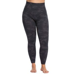 Spanx Look At Me Now Plus Size Camo Leggings 1X
